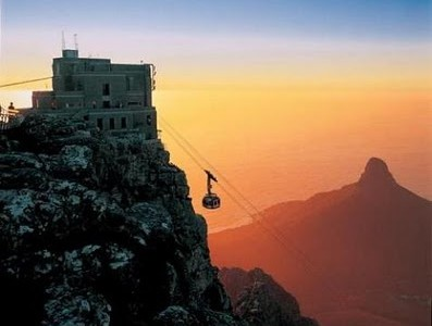 Cape Town cablecar in motion
